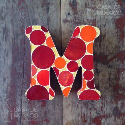 Letra de mosaico para decoração