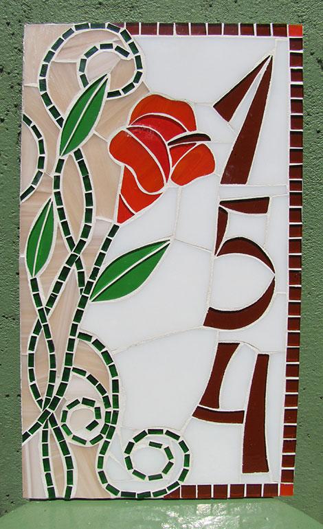 Número em mosaico para residência (20×35 cm)