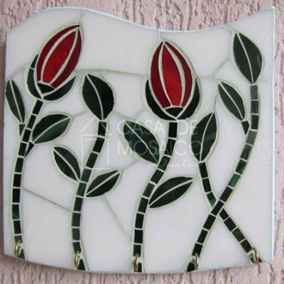 Porta-chaves em vidro com tulipas vermelha e folhas