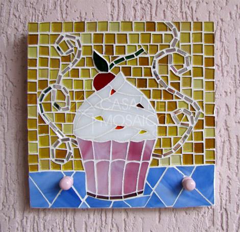 Porta-chaves de cupcake em mosaico
