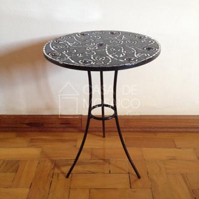 Mesa de ferro com tampo de mosaico preto e espelho