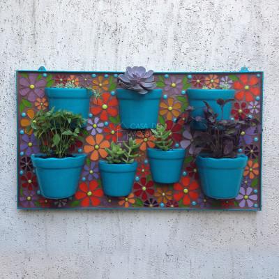 Jardineira de mosaico para flores e hortinha