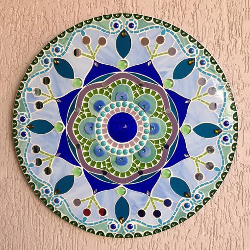 Mandala de mosaico de vidro